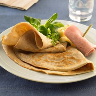 Booster Ham and emmental pancake