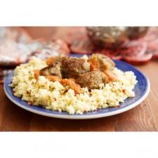 Couscous de boulgour, boulettes et poulet rôti